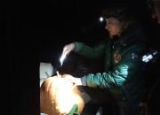 TomatOS Einblicke 2013: Gemeinschaftstreffen: Der Monsterkürbis wird zerlegt, die Topinambur-Knollen werden geerntet -4