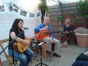 Kültür im Gewächshaus - deutsch-türkischer Nachmittag mit Musik und Literatur: v.l.n.r: Emel Tugay, Edin Mujkanovic´, Sabina Philippa Ide